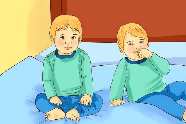 बिस्तर में ट्विंक टॉडलर्स रखें शीर्षक चरण 4 में छवि