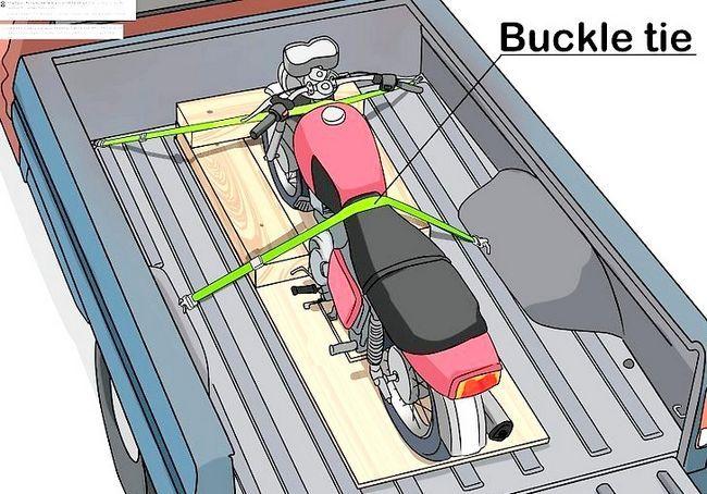 छवि शीर्षक से एक मोटरसाइकिल चरण 8 ढोना