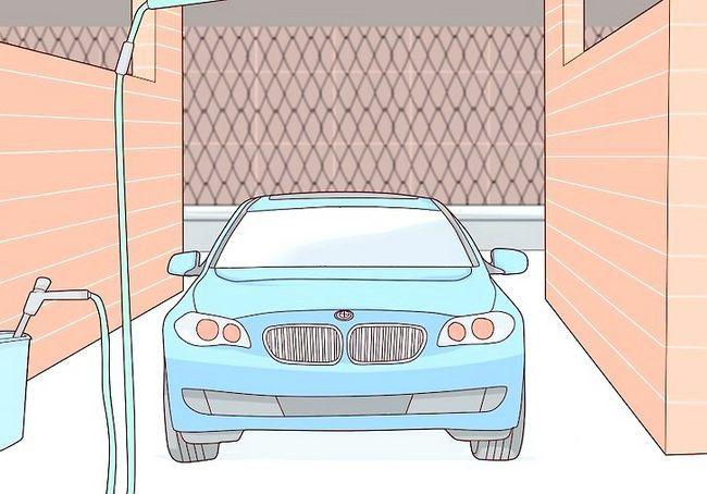 कार धोने के लिए स्वयं सेवा का उपयोग कैसे करें