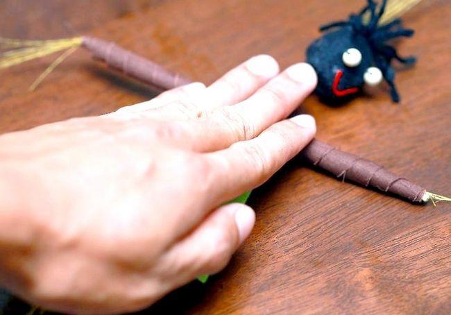 एक वूडू गुड़िया का उपयोग करें शीर्षक शीर्षक छवि 4