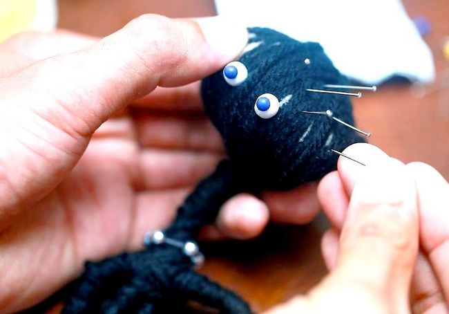 एक वूडू गुड़िया 10 का उपयोग करें शीर्षक वाला चित्र