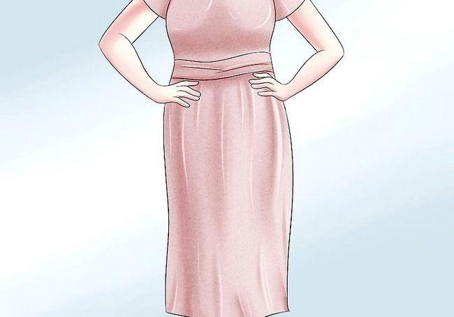 कैसे एक 100 साल पुरानी औरत के लिए पोशाक के लिए
