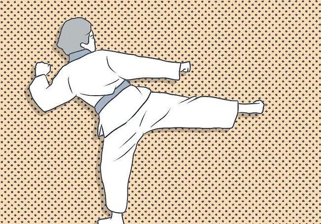 छवि में प्रतिस्पर्धात्मक स्पारिंग (तायक्वोंडो) में चरण 5 बुलेट 4