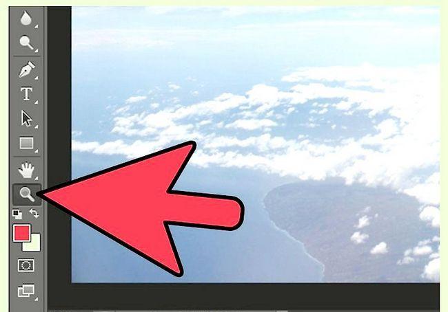 एडोज़ फ़ोटोशॉप चरण 3 में एक तस्वीर ज़ूम इन पर शीर्षक वाली छवि