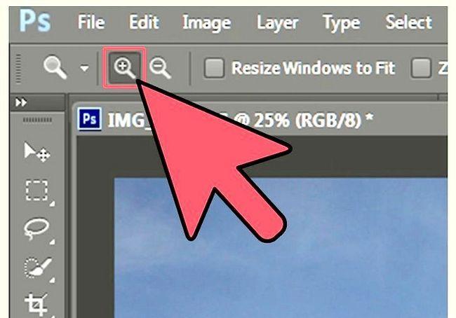 एडोज़ फ़ोटोशॉप चरण 4 में एक तस्वीर ज़ूम इन पर शीर्षक वाली छवि